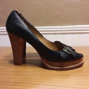 MICHAEL KORS Leather Peep Toe Heels size 6.5